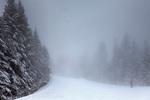 Ски писта в мрачна мъгла