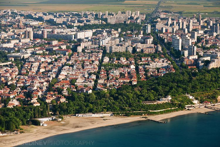 Бургас и плажа отвисоко
