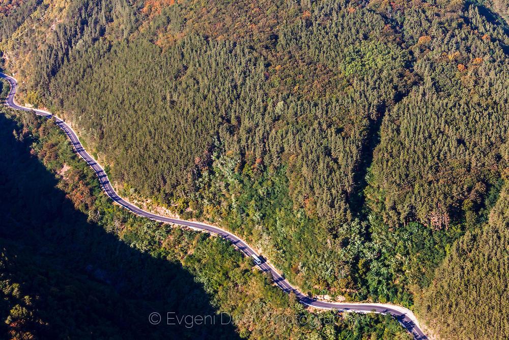 Южната страна на Шипченския проход