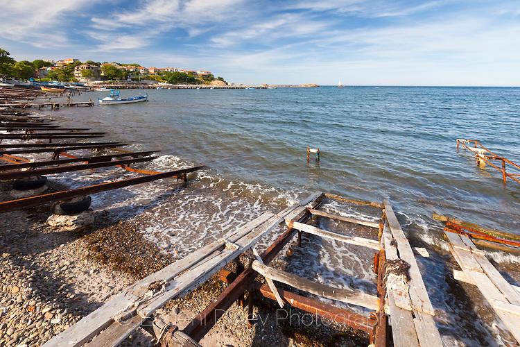 Старо рибарско пристанище