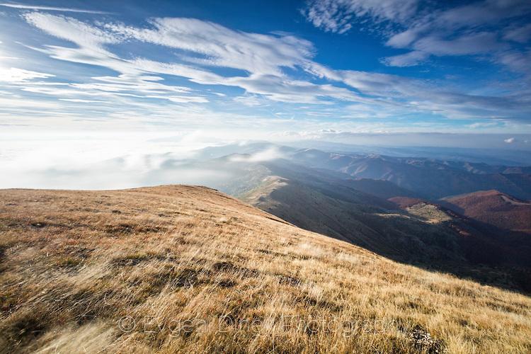 Вятър и облаци на връх Амбарица