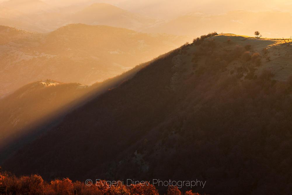 Есенно утро в Източни Родопи