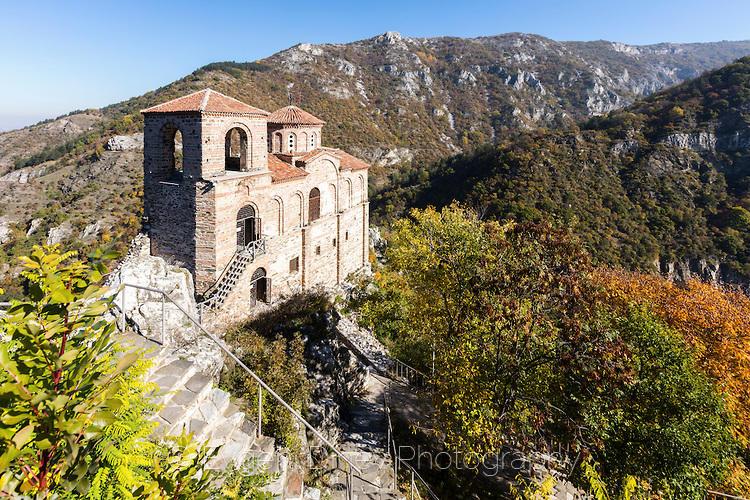 Средновековна крепост до Асеновград