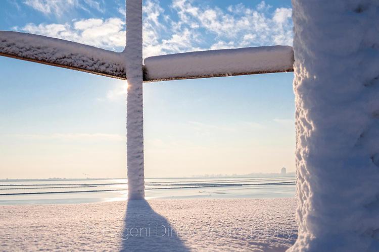 Атанасовско езеро зимата