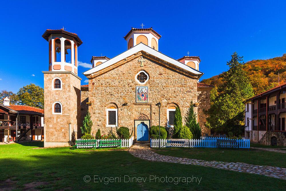 Църквата на Етрополски манастир