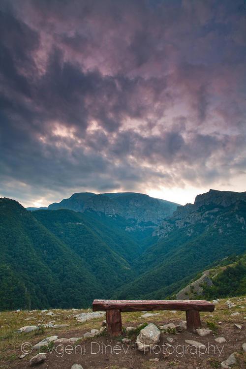 Пейка в планината