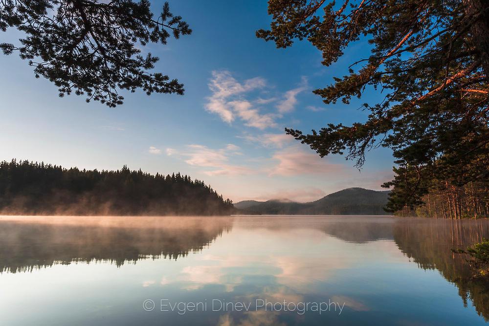 Небе в езерото