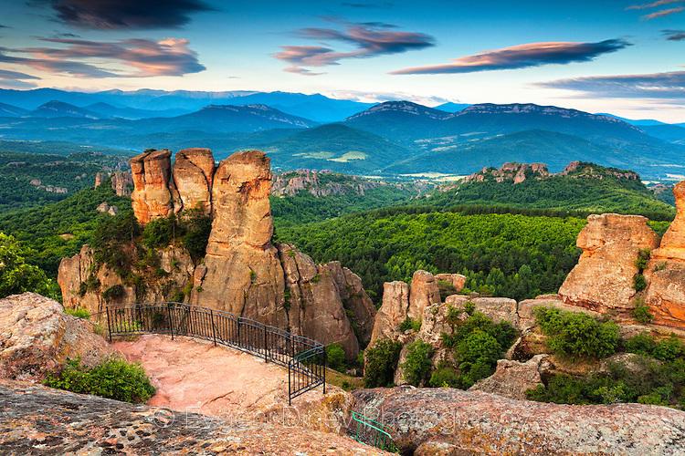 Панорамна площадка на Белоградчишки скали