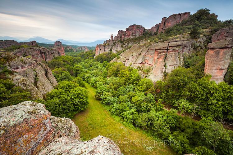 Белоградчишки скали напролет