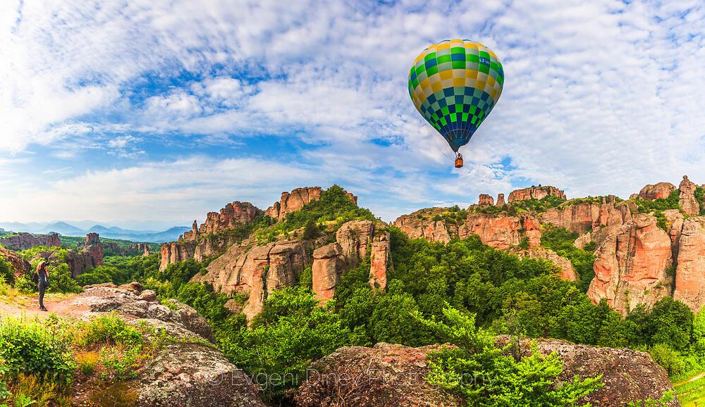 Полет с балон над Белоградчишките скали