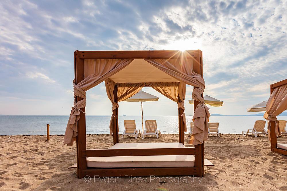 Шатри на плажа
