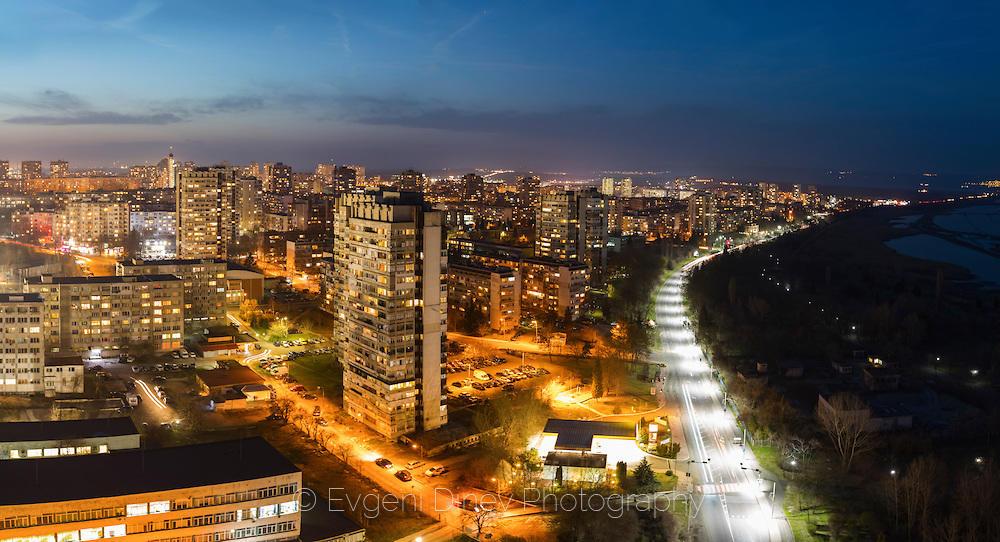 Нощем над Бургас