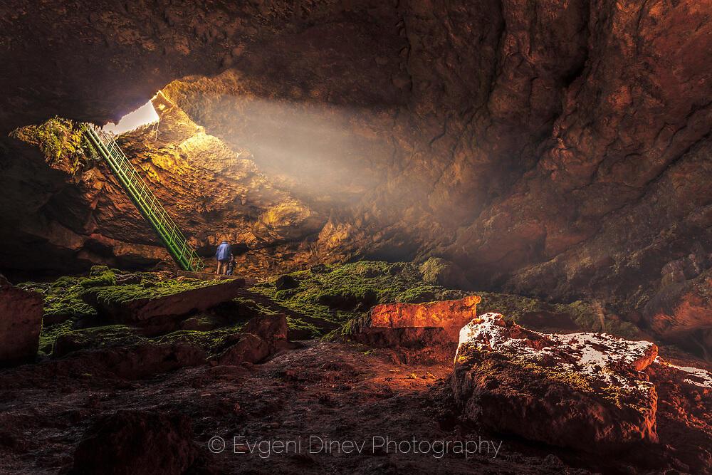 Stalbitsa cave