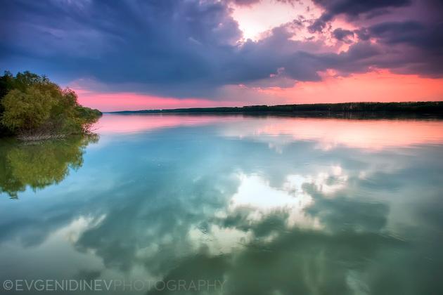 Дунав по здрач