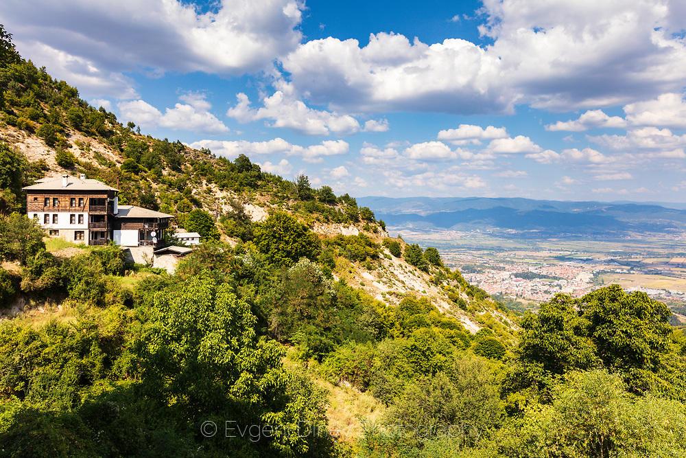 Изглед към Гоце Делчев от село Делчево