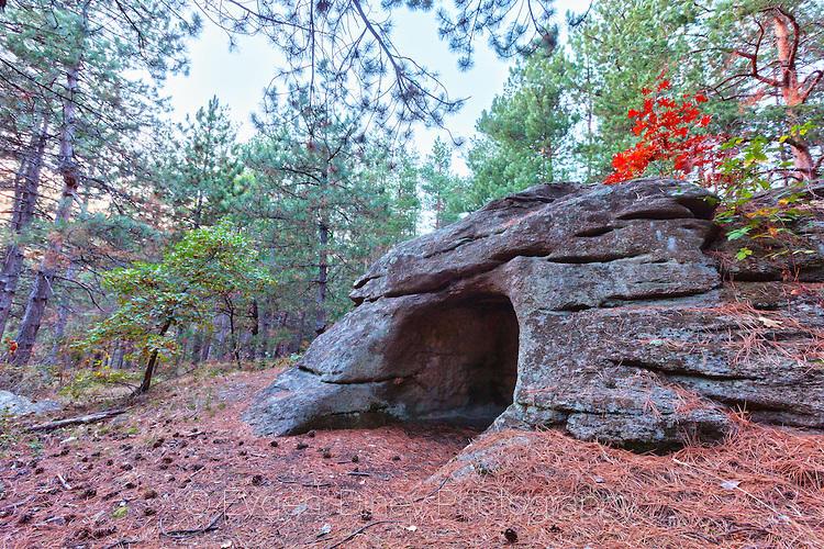 Каменна могила