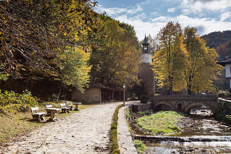 Етъра през есента