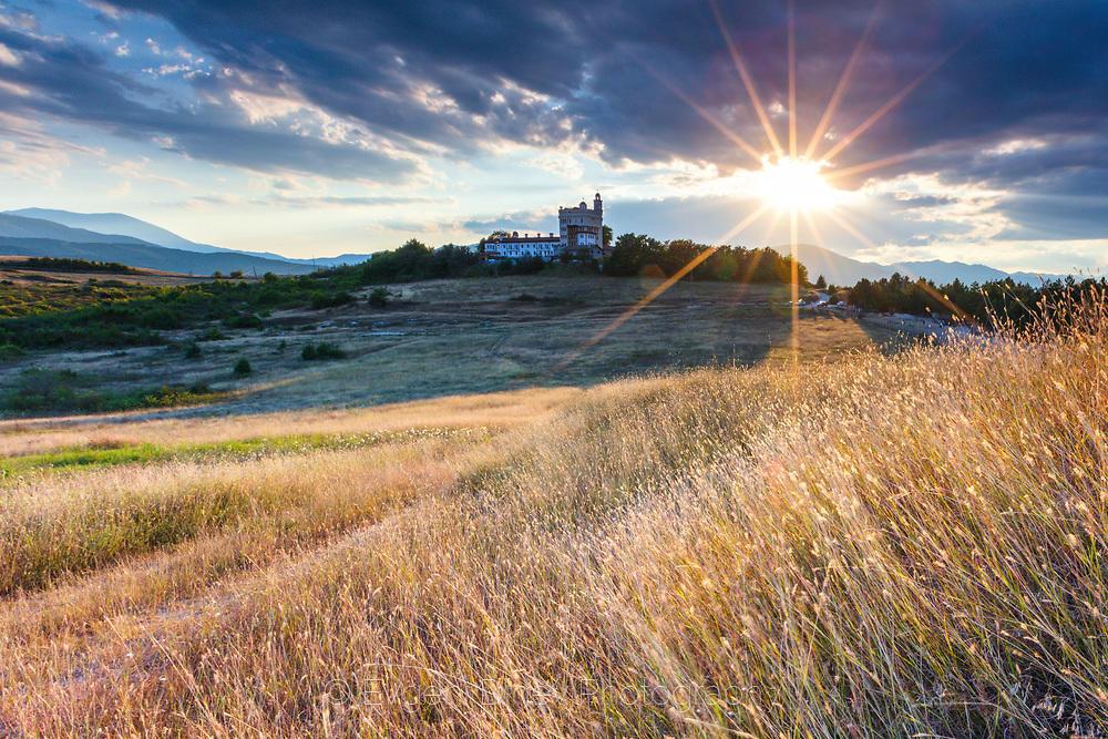 Залез край Хаджидимовски манастир