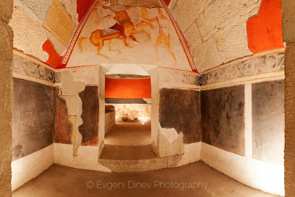 Александровска тракийска гробница