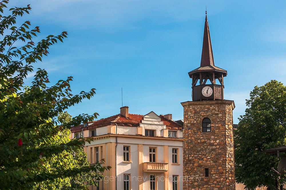 Часовниковата кула в Хасково