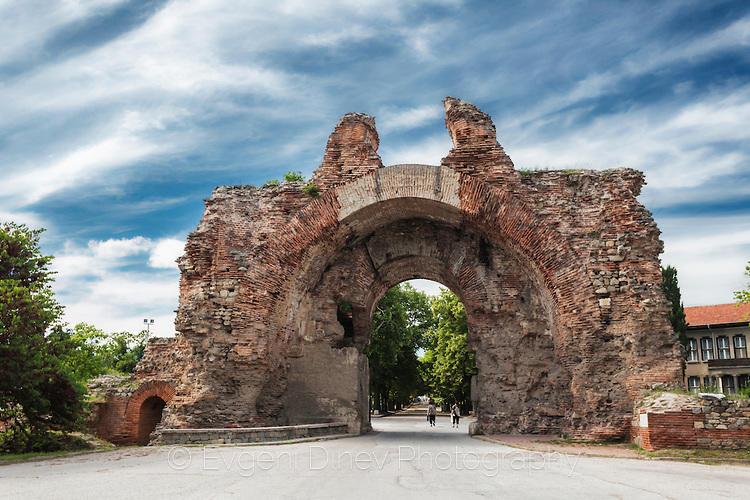 Южната порта на Диоклетианополис