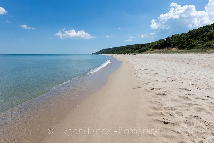 Красивият плаж Иракли