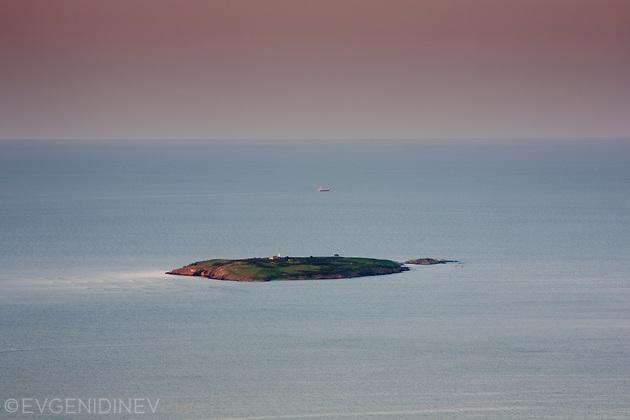 Остров Св. Иван по залез от Бакърлъка