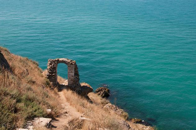 Порта в морето