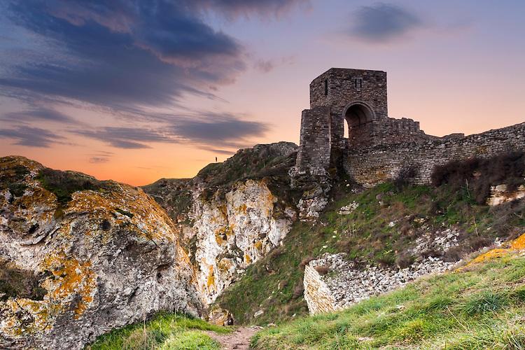 Крепостната стена на Калиакра