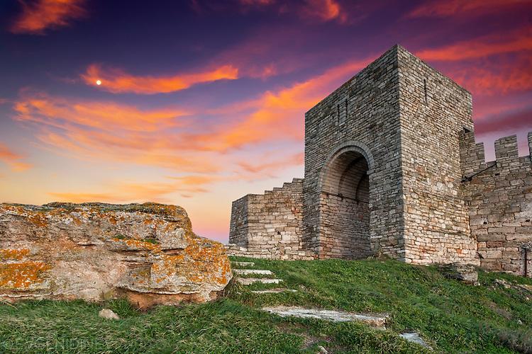Величествените стени на Калиакра