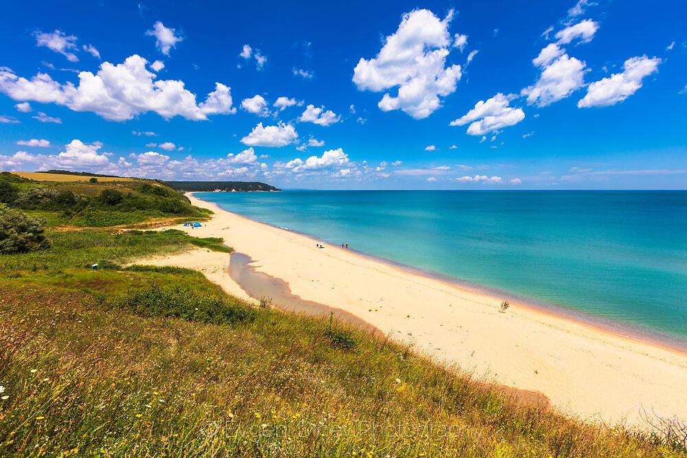 Последният див плаж