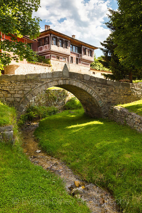 Каменен мост в Копривщица