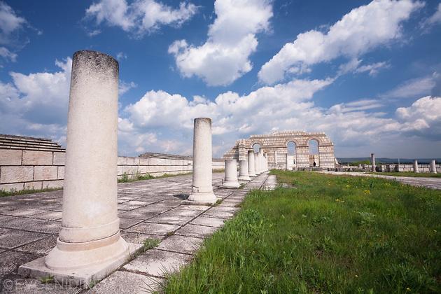 Руините на базиликата в Плиска