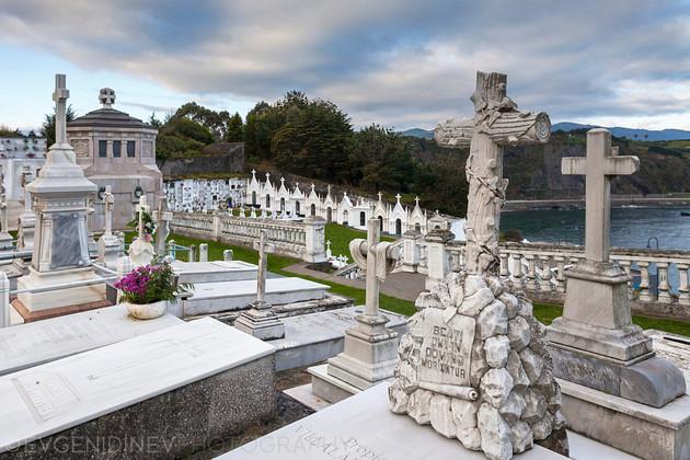 Испанско гробище до Луарка