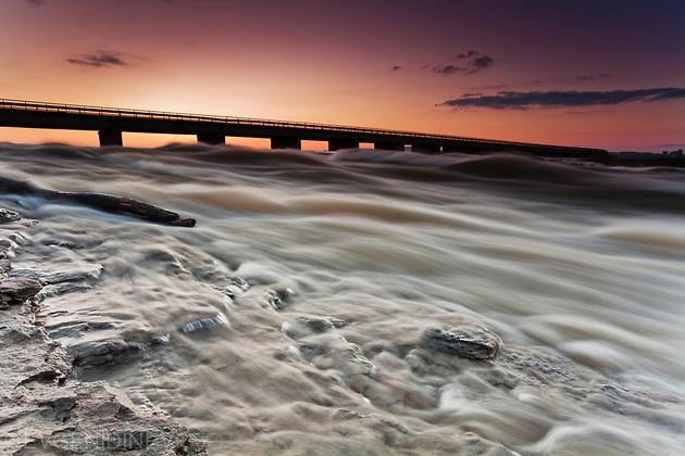 Дива река