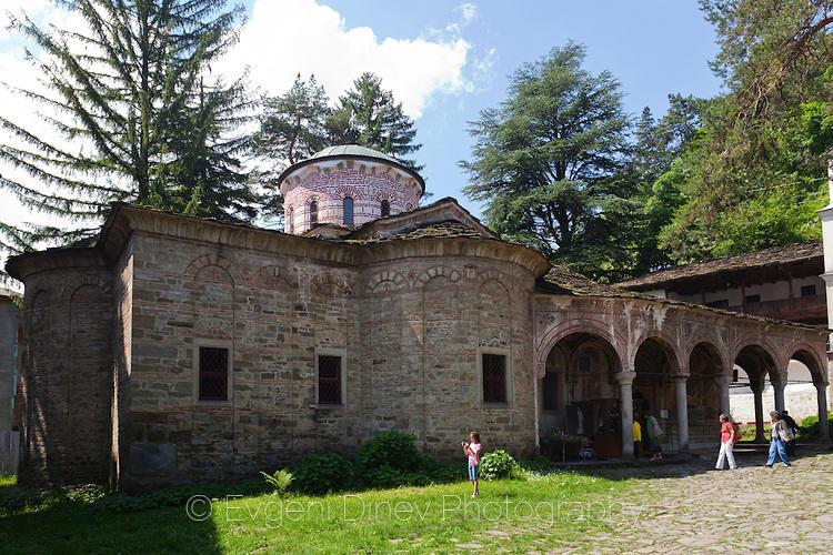 Църквата на Троянския манастир