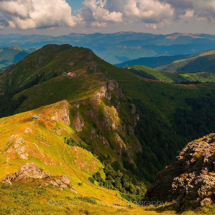 Хижа Ехо по пътя към връх Юмрука