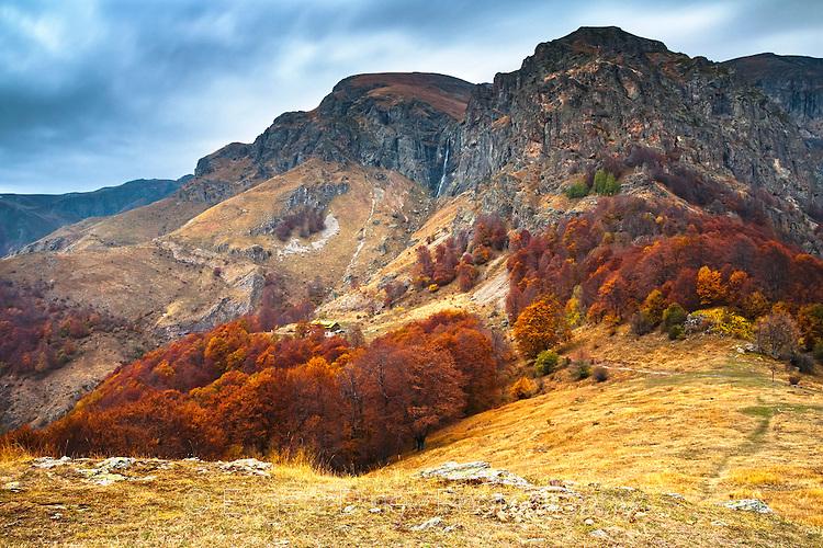 Есен край хижа Рай