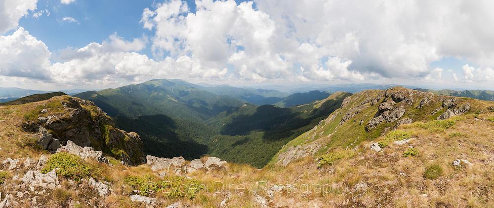 Панорама от връх Юмрука
