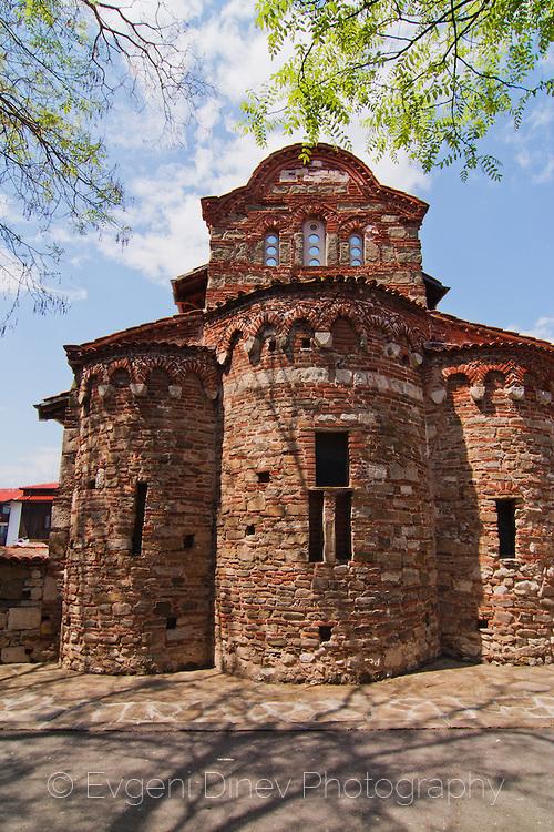 Античен несебърски храм