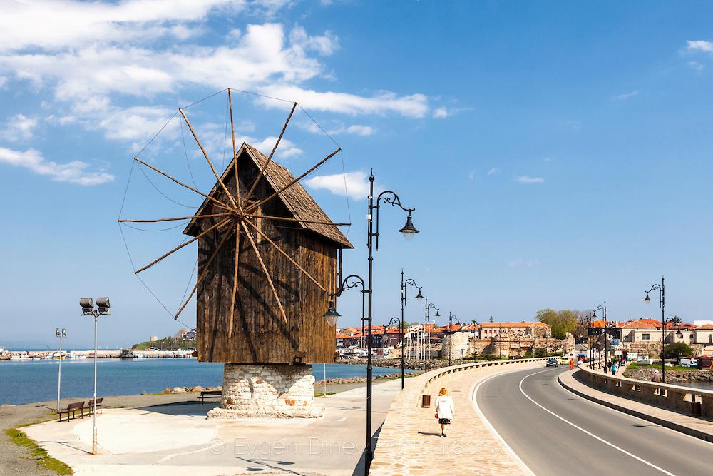 Вятърна мелница в Несебър