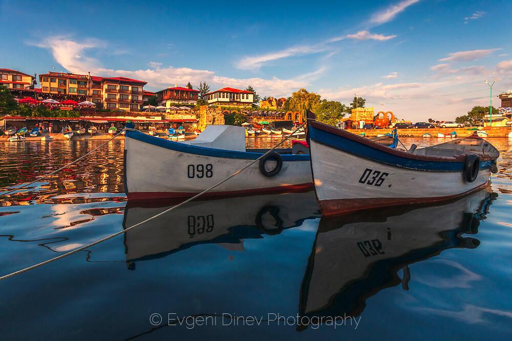 Рибарско пристанище в Несебър