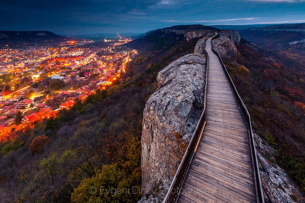 Византийски дървен мост в крепостта Овеч