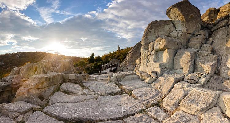 Свещените руини на Перперикон