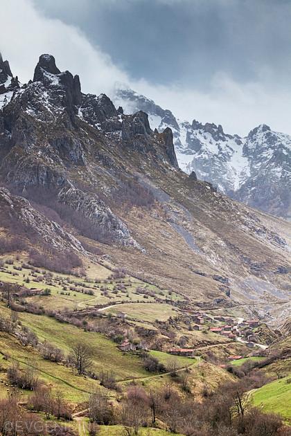 Планината Пикос де Еуропа