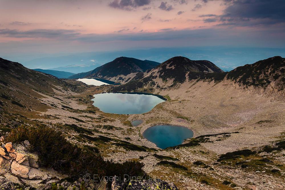Трите Кременски езера по залез