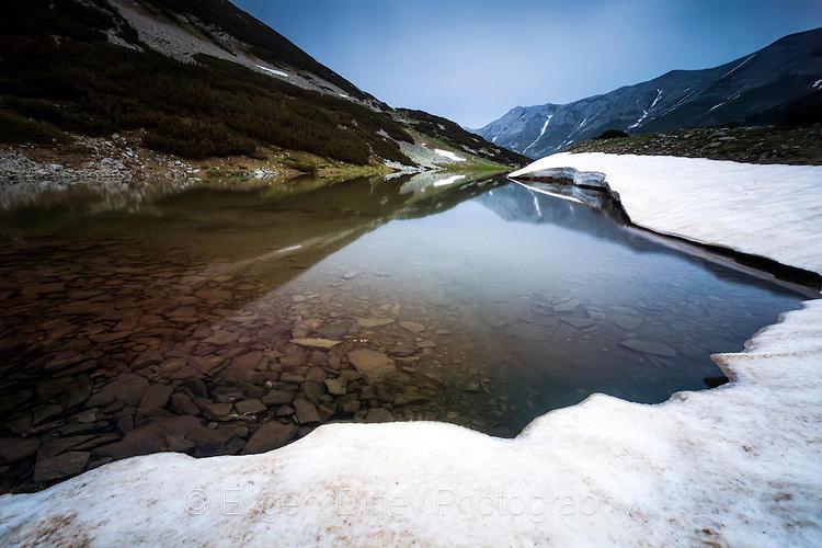 летен сняг в Пирин
