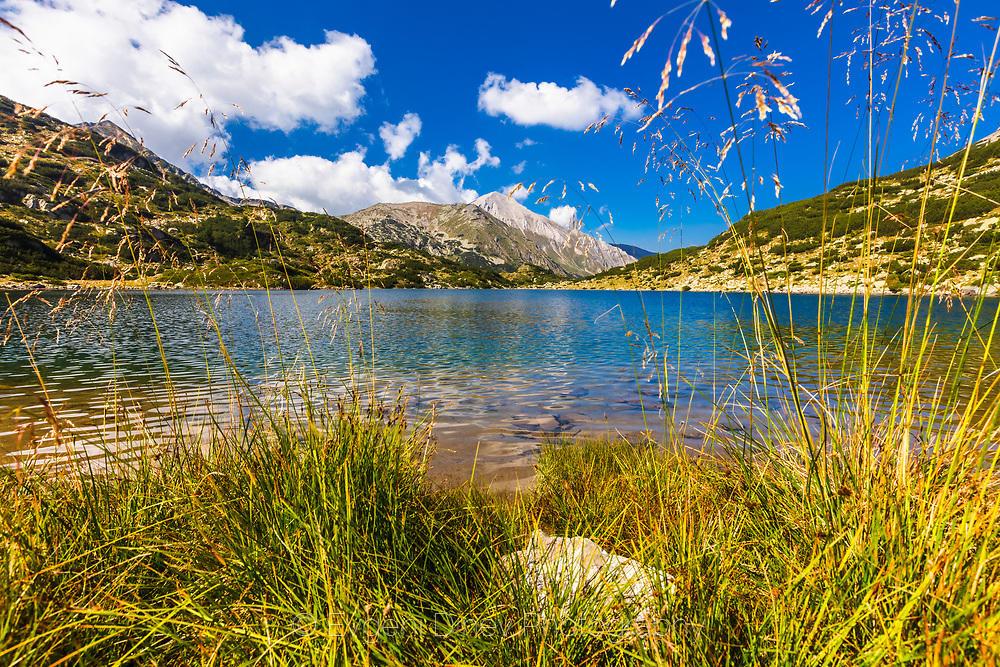Бъндеришко езеро и Вихрен