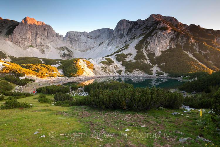 Залезът облива връх Синаница