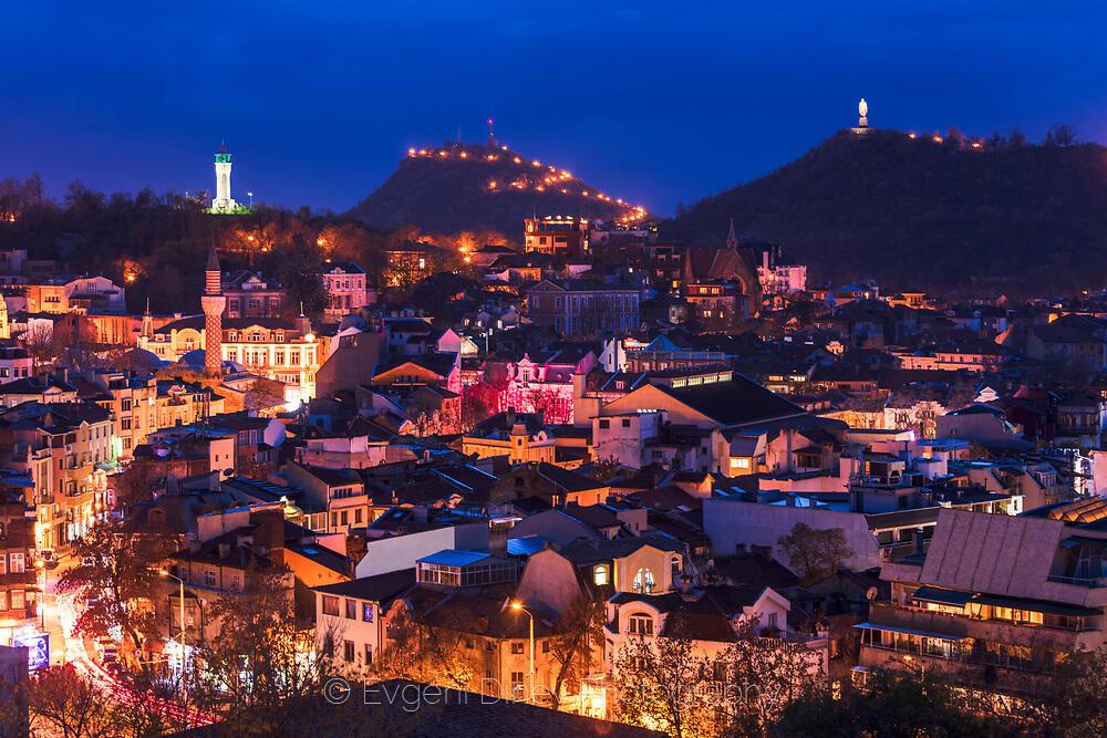 Пловдив нощем